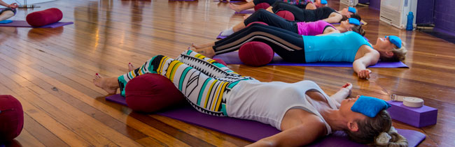 wollongong yoga studio classes